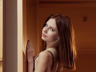 Esterlove nude
